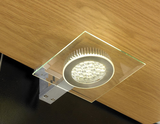 Halo 2.5W LED Under Cabinet Square Glass Light