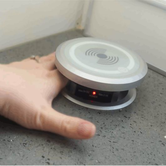 Fully Motorised Pop Up Socket With QI Charging